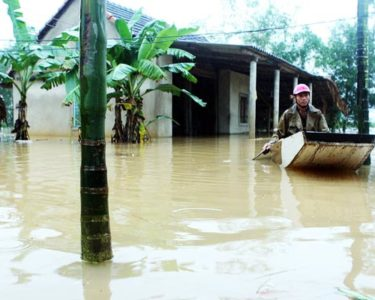 Vietnam hosts APEC forum on disaster insurance