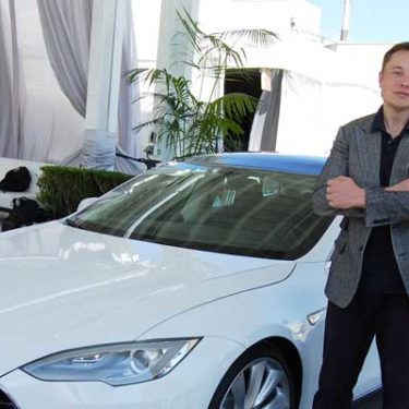 Tesla trials new auto insurance model in Asia