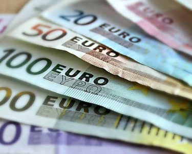 Eurozone stability dips in 2016