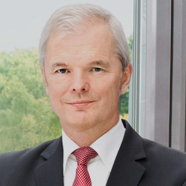 Wallin to step down as Hannover Re CEO with Swiss Re's Henchoz as replacement