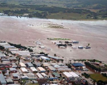 Munich Re puts cost of Cyclone Debbie claims at $1.4bn