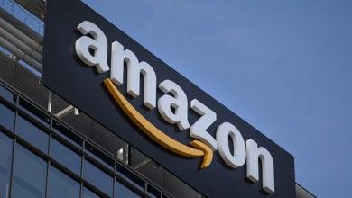 0_Amazon-sign
