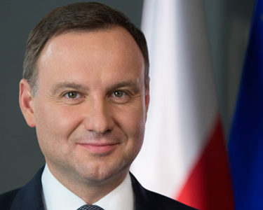 Poland's risk rating unchanged as EC considers sanctions