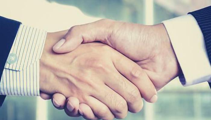 people-moves_handshake