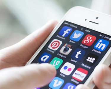 UK data watchdog happy with risks of contact tracing app