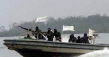 World unlikely to step in to stop west African piracy