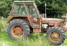 abandoned-tractor
