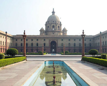 India considers 100% FDI in insurance brokers