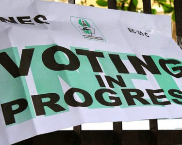 Tensions high as Nigerian election delayed a week