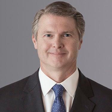 AXA XL CEO Hendrick departs with Chubb's Gunter named as successor