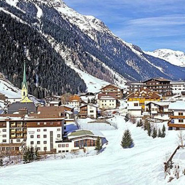 Skiers sue Austrian government for Covid-19 cases