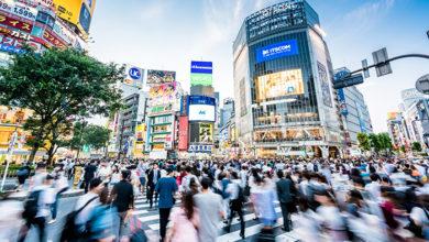 Shibuya crossing, Tokyo, Japan. Credit: iStock/CHUNYIP WONG