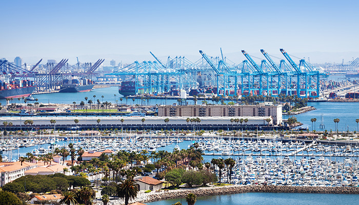 Long Beach marina and shipping port. Credit: Shutterstock/Sergey Novikov