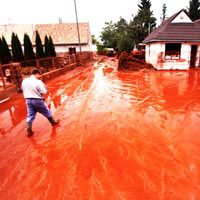 Commission looks to beef up ELD as Hungary counts cost of toxic disaster